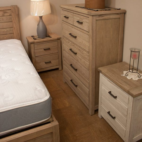 Gorgeous oak bedroom in 3 finishes