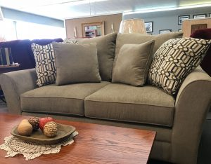 casual-collection-overstuffed loveseat; available in complete set