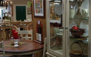 dining room tables at firesided furniture in Pompton Plains, NJ