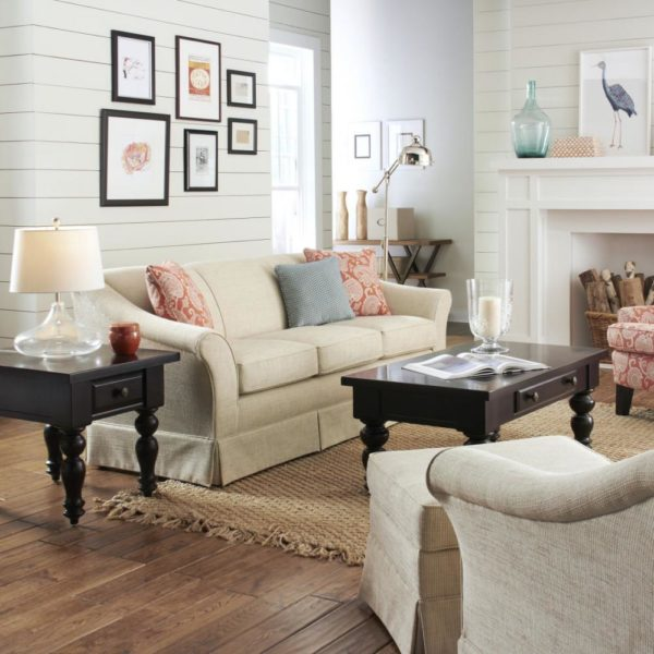 Classic Country sofa and living room